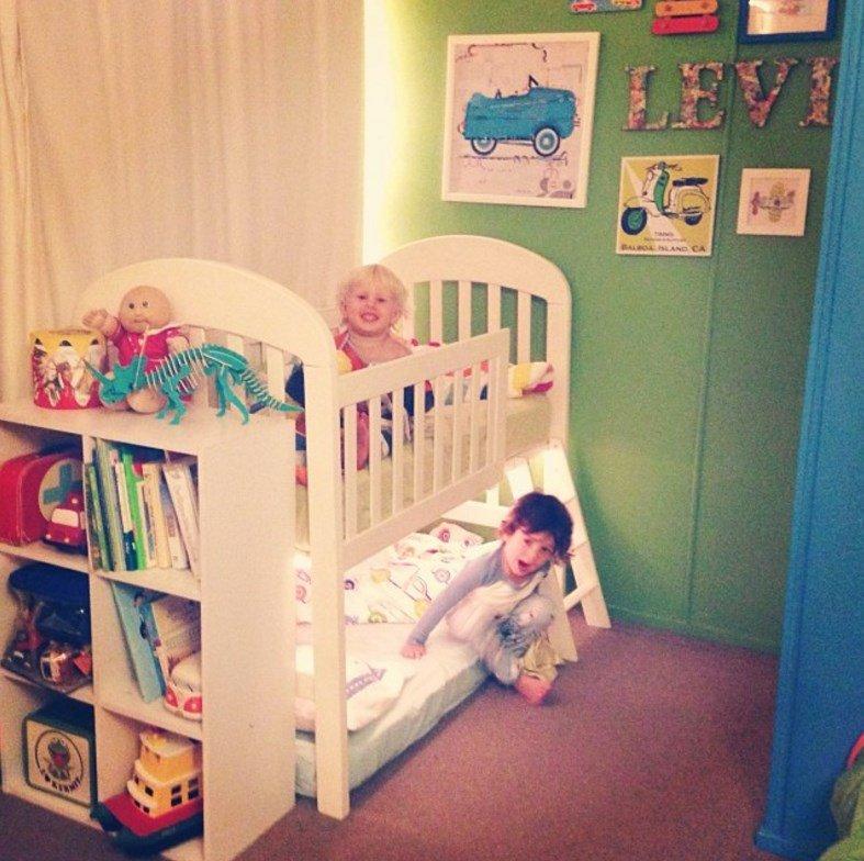 Детские кроватки сделать фото