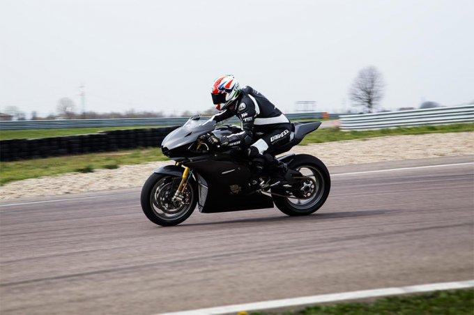 Итальянцы презентовали самый дорогой мотоцикл в мире