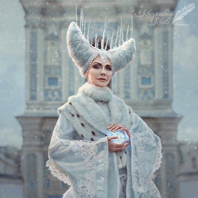 Ольга Сумская примерила образ сказочного персонажа