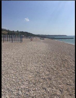 Картинки по запросу пляж в Крыму ужаснул пользователей Сети