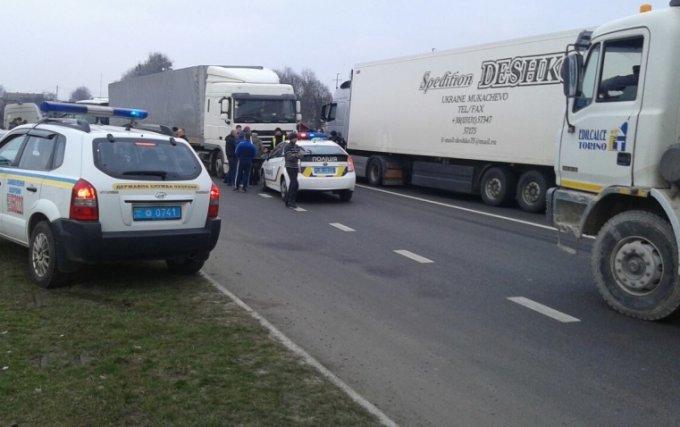 В Червонограде полицейские стреляли, чтобы остановить угонщиков-подростков