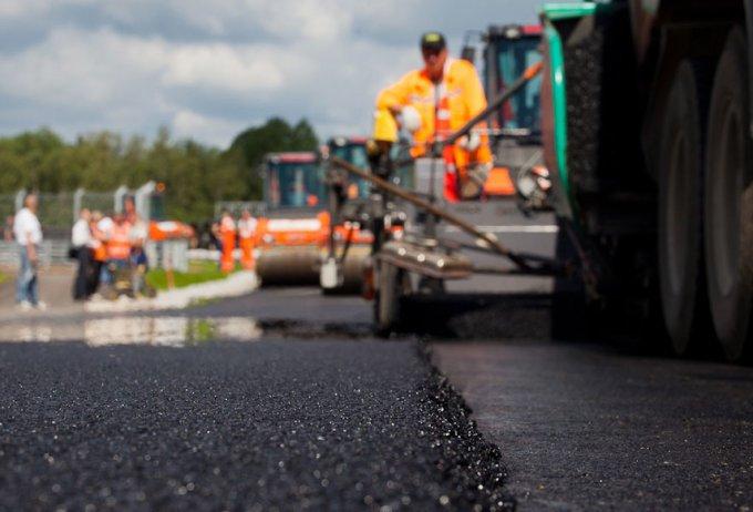 Украина получит 68 миллионов евро на ремонт дорог у границы с Польшей