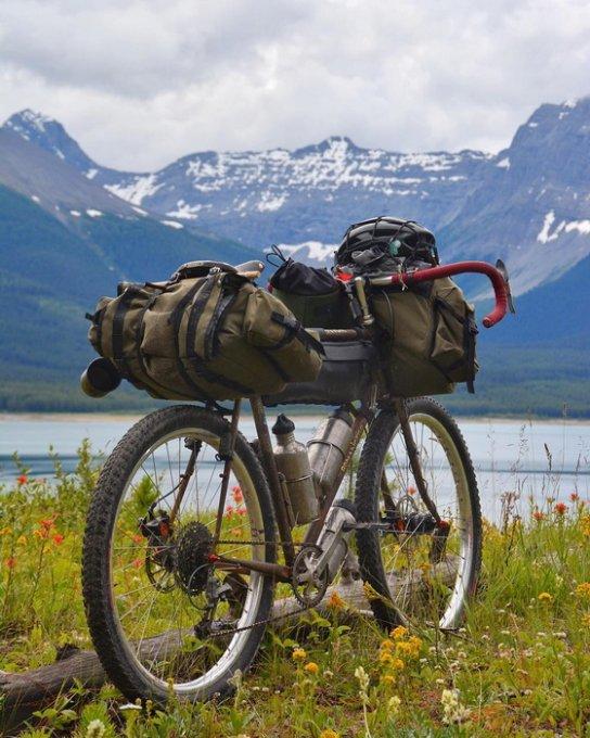 Вдохновляющая история мужчины, объехавшего на велосипеде полмира. Фото