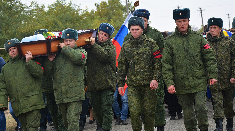 Как контрактнику стать офицером российской армии