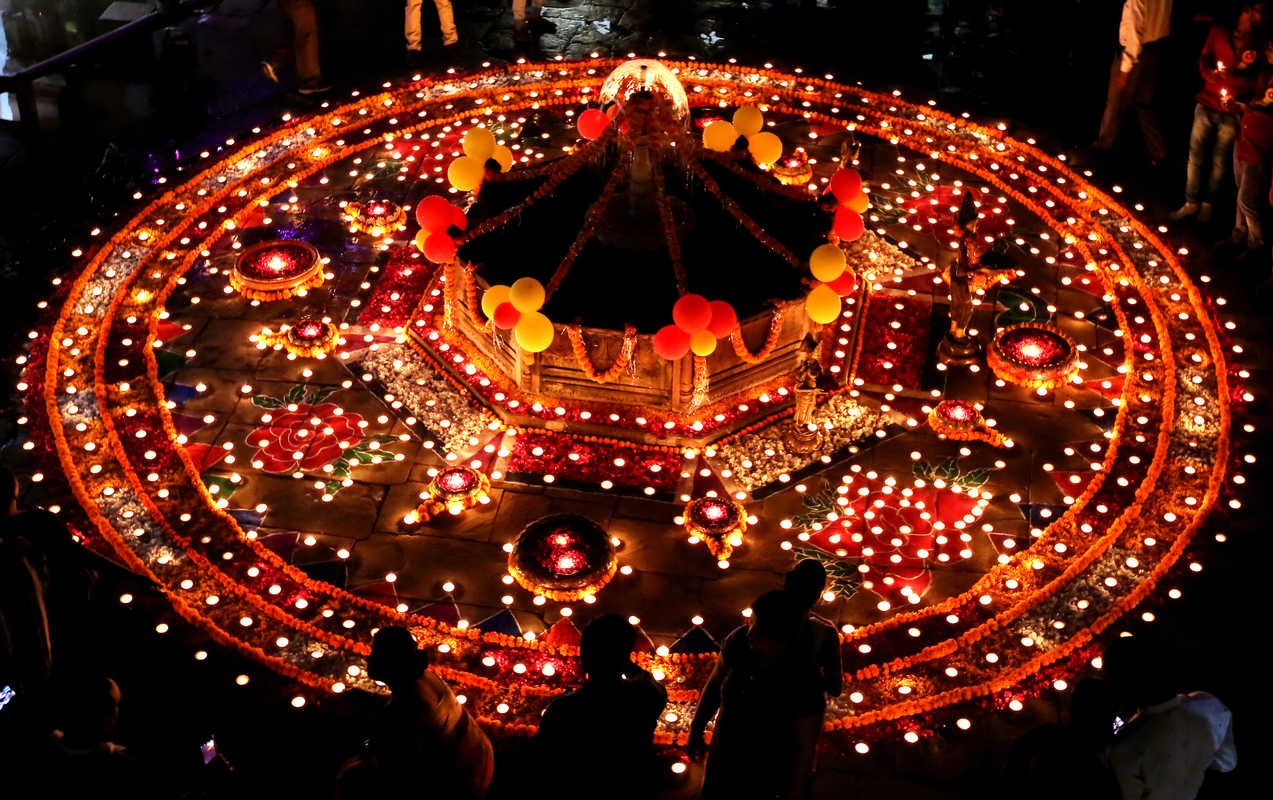an overview of the popular festival of india diwali In ancient india, diwali was celebrated as an annual festival of harvest diwali is popular as the bandi chhor diwas among diwali is the festival of joy and.