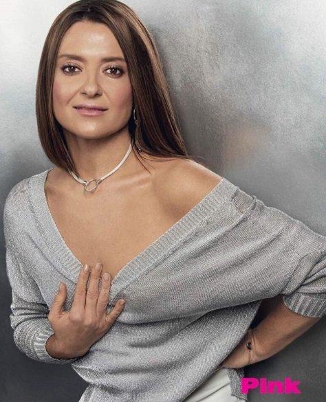 Наталья Могилевская обнажила плечи на новых фото