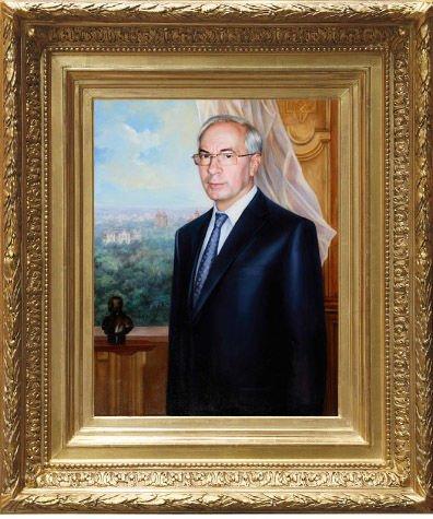 Российский художник, рисовавший Азарова и Януковича, пожаловался на сглаз