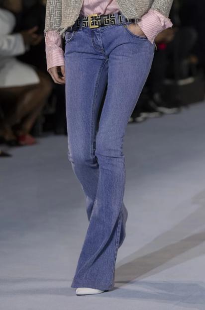 Стилісти показали, які джинси у моді цього літа. Фото